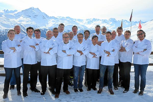 St. Moritz Gourmet Festival: Corviglia Caviar & Seafood Blizzard, Gruppenbild im Schnee