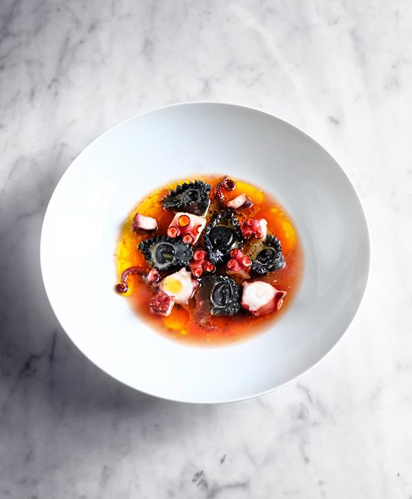 Sepia Tortellini mit Oktopus