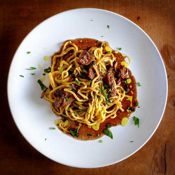 Spaghetti alla chitarra al ragu di manzo